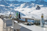 °F7 terrace restaurant