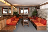 Reception Lounge - ©Residence Chamois D'Or