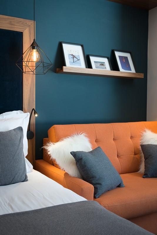 °F7 room ambiance2