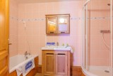 apt-10-12-pers-val-chaviere-15-sdb-09-344826