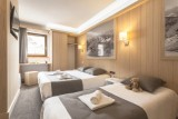 Chambre quadruple © MMV Les Arolles