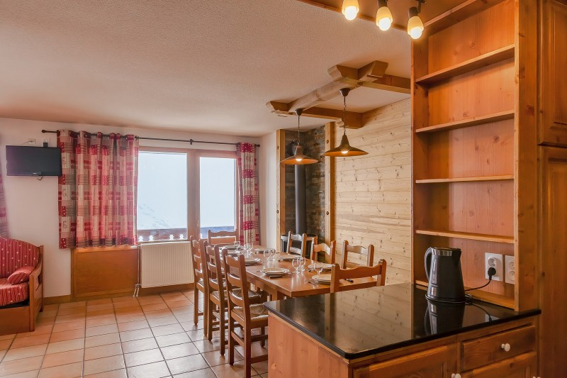 les-balcons-de-val-thorens-appartement-8-10-pers-salon4-344762