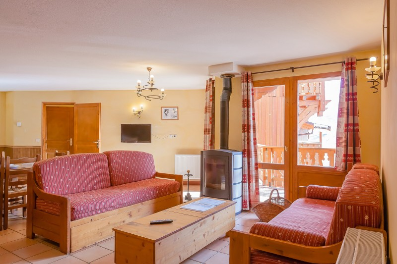 les-balcons-de-val-thorens-appartement-8-10-pers-sup-salon-344757