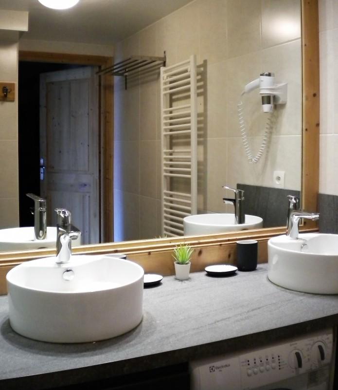 sabot-de-venus-5p10-salle-de-bain-2-351893