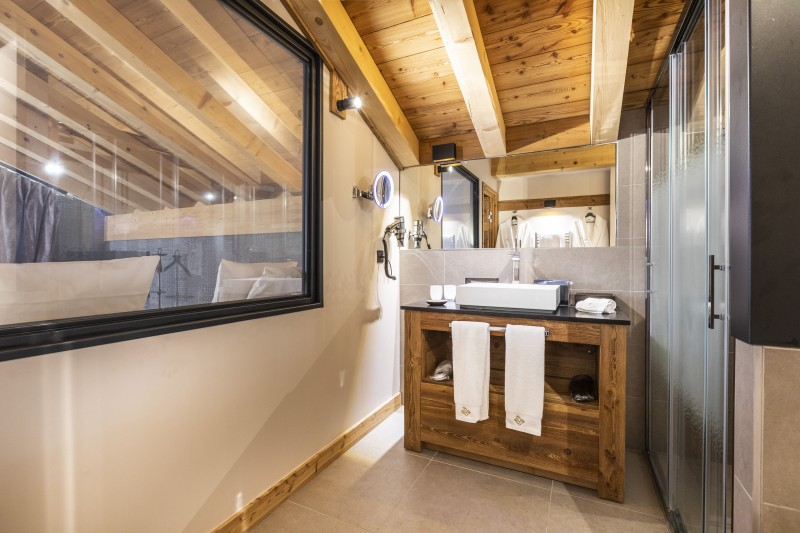 Bathroom ©Chalets Privés du Koh I Nor