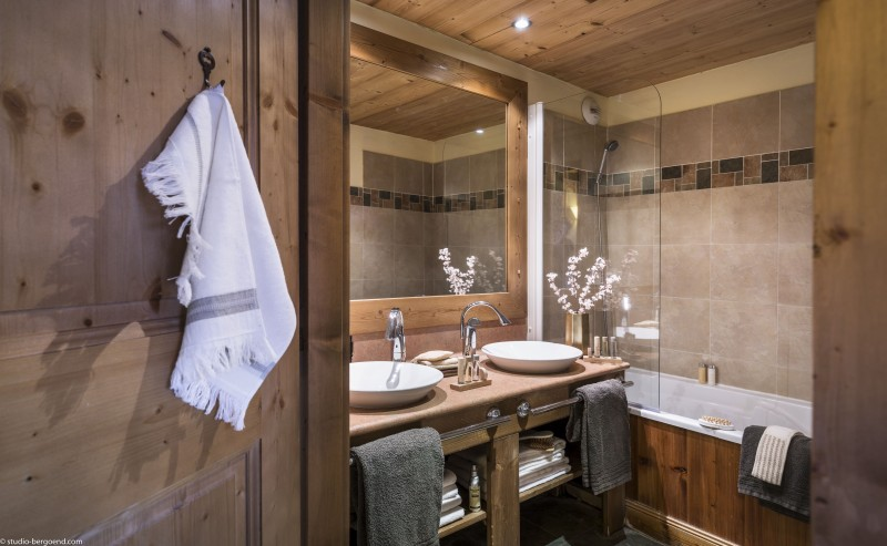 Bathroom - ©Studio Bergoend